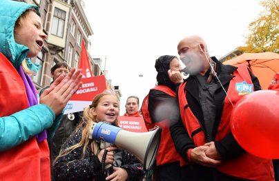Amsterdam naardedam fnv demonstratie