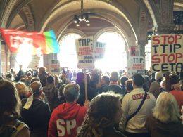 Demo tegen TTIP en CETA, Amsterdam 10 oktober 2015