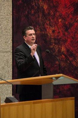 Roemer in debat over herfstakkoord (foto: SP | Sander van Oorspronk)